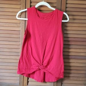 Knot-front tank top